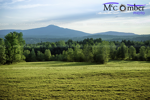 Stock Photograph - Mont Pinacle from Sutton's Scenic Drive